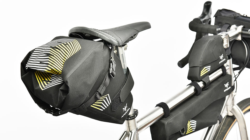 Alpidura Racing Saddle Pack, Bikepacks, Test